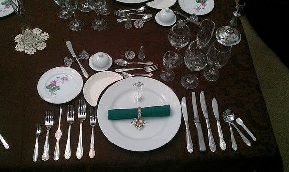 Semi-Formal Place Setting | Holiday dining 101: How to set the table ...