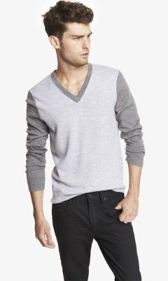 COLOR BLOCK MERINO WOOL V,NECK SWEATER from EXPRESS