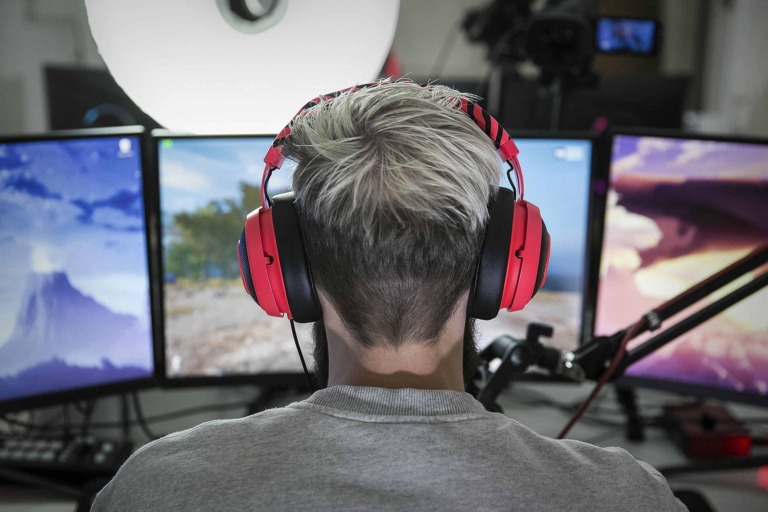 Razer PewDiePie Kraken Pro V2 Analog Gaming Headset for PC