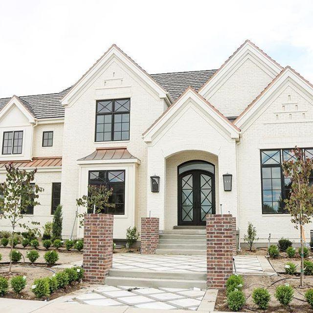 Home Exterior Farmhouse Design Ideas: Pretty Soft Warm Off White Exterior With Brick And