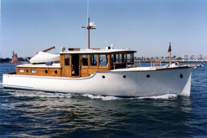 Vintage Motorboats Dreamboat Antique Wooden Bridgedeck