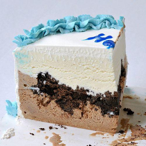 Carvel Ice Cream Cake Slice Layer Of Chocolate Ice Cream