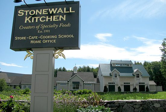 Google Image Result For Http Yorkbeach Com Wp Content Uploads 2011 05 Stonewall Kitchen Jpg Stonewall Kitchen Maine Living York Maine