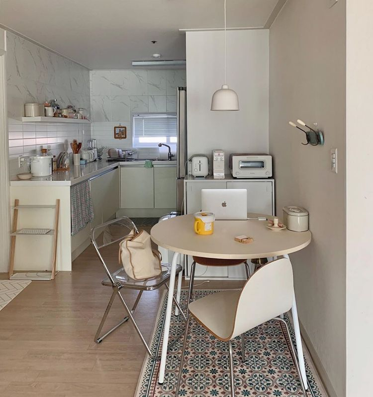 You As Idol Kpop In 2020 Korean Apartment Interior Kitchen Interior Apartment Interior