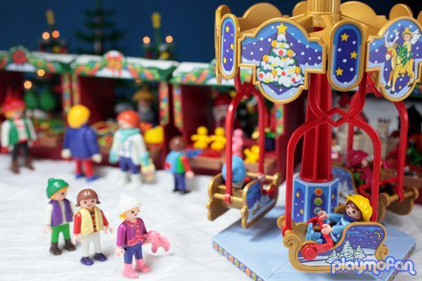 Xmas10 05 Playmobil Kids Playing Christmas Market