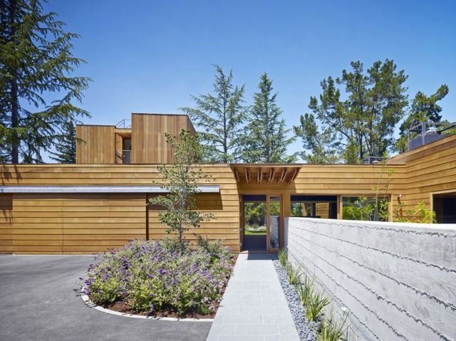 Haus vorgarten modern minimalistisch ideen blumenbeet for Vorgartengestaltung modern