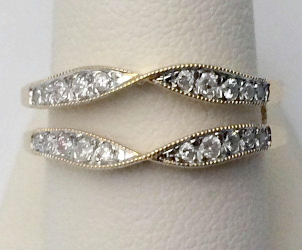 Yellow Gold Vintage Milgrain Round Diamonds Solitaire Enhancer
