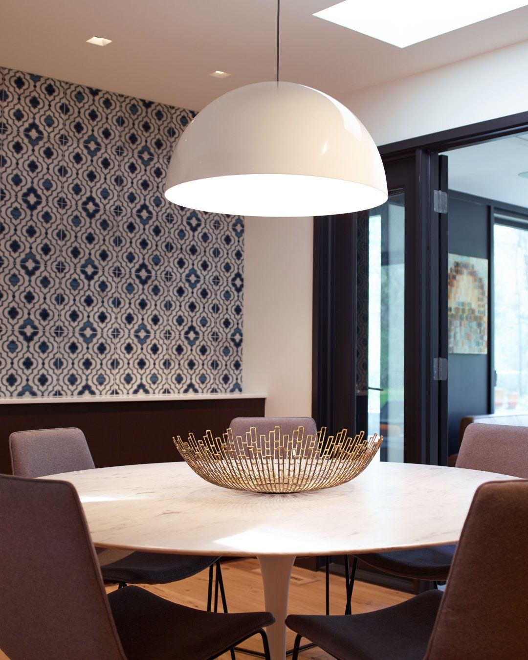 How To Choose The Right Modern Chandelier For Your Dining Room