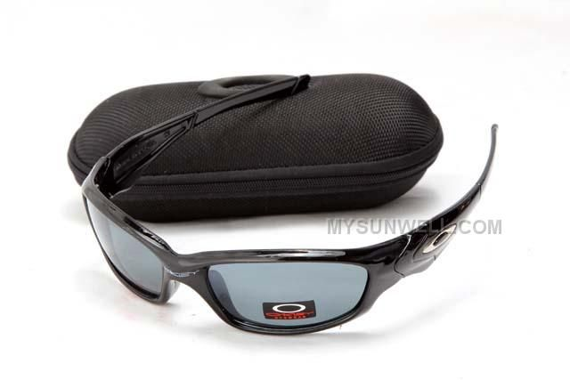 http://www.mysunwell.com/cheap-new-oakley-straight-jacket-sunglass-black-frame-grey-lens-cheap-for-sale.html OnlyShi** **ins                    15/08/2016 CHEAP NEW OAKLEY STRAIGHT JACKET SUNGLASS BLACK FRAME GREY LENS CHEAP FOR SALE Free Shipping!