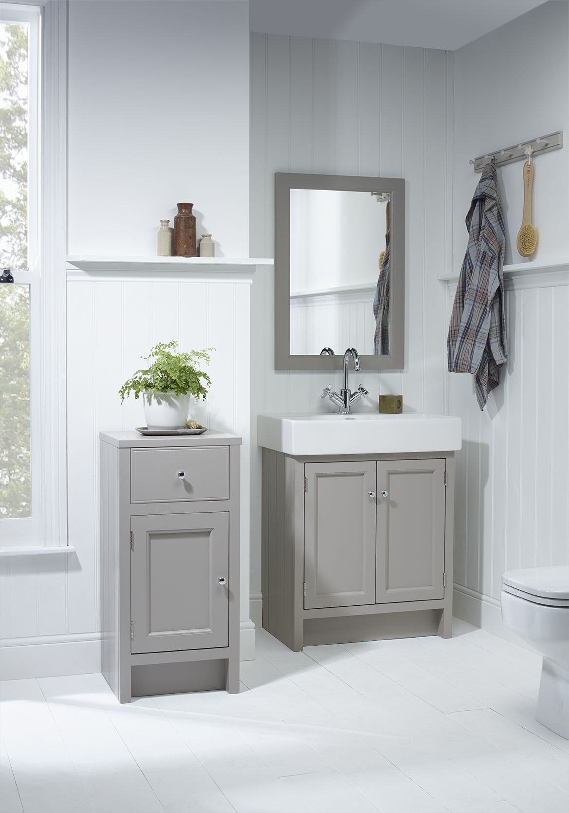The 25 best roper rhodes ideas on pinterest fitted for Small fitted bathrooms