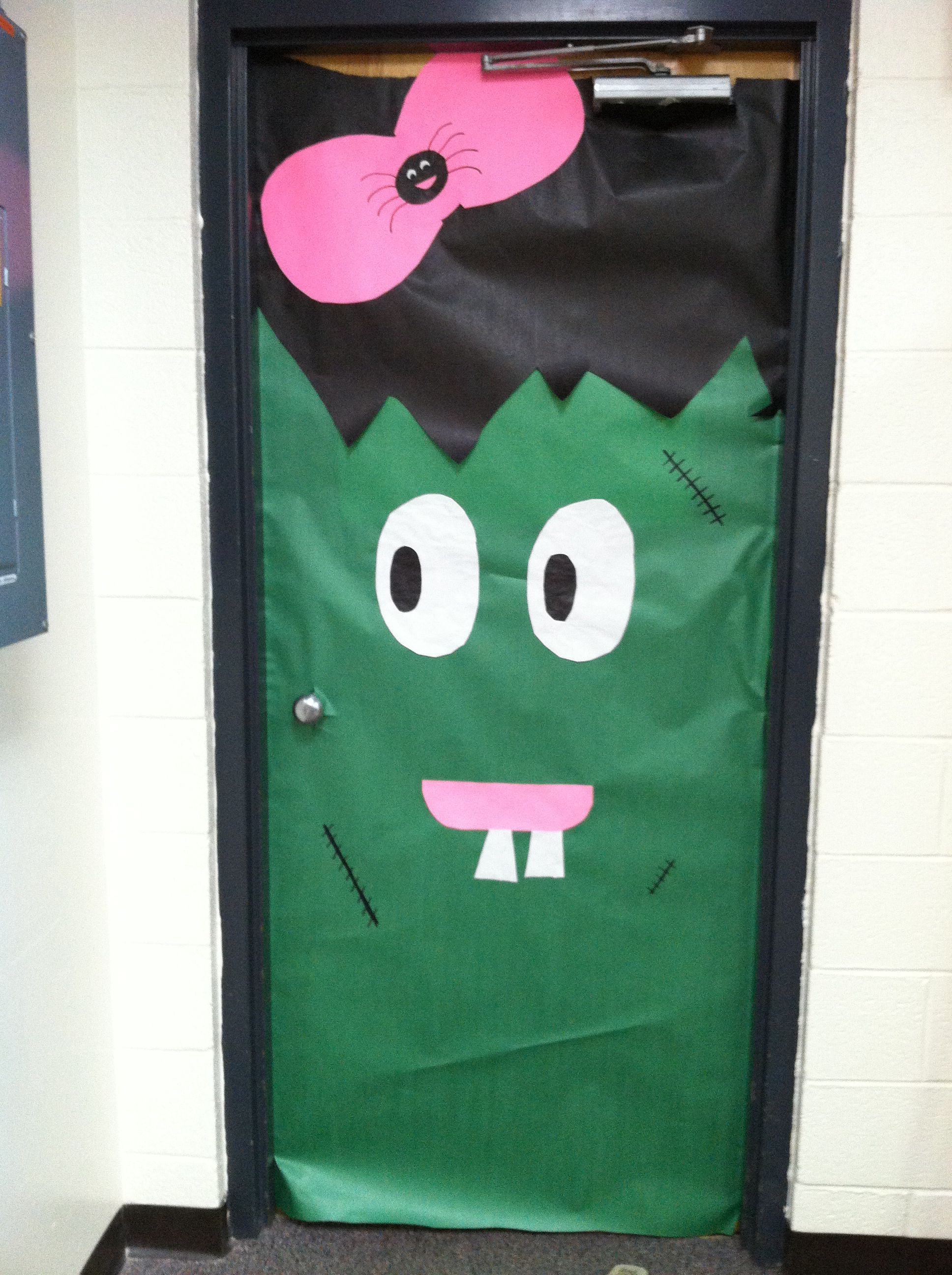Halloween classroom door decoration Teachers Pinterest - Halloween Classroom Door Decorations