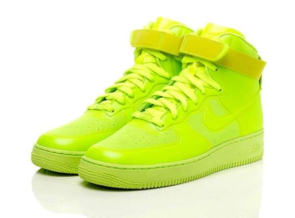 check out 42da6 8112a Lime green Air Force 1s ...with all black or white