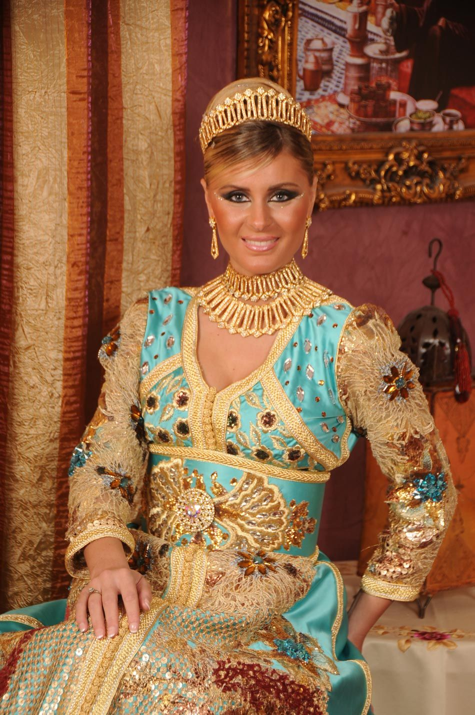 mariage marocain negafa tenues marocaines haute couture et. Black Bedroom Furniture Sets. Home Design Ideas