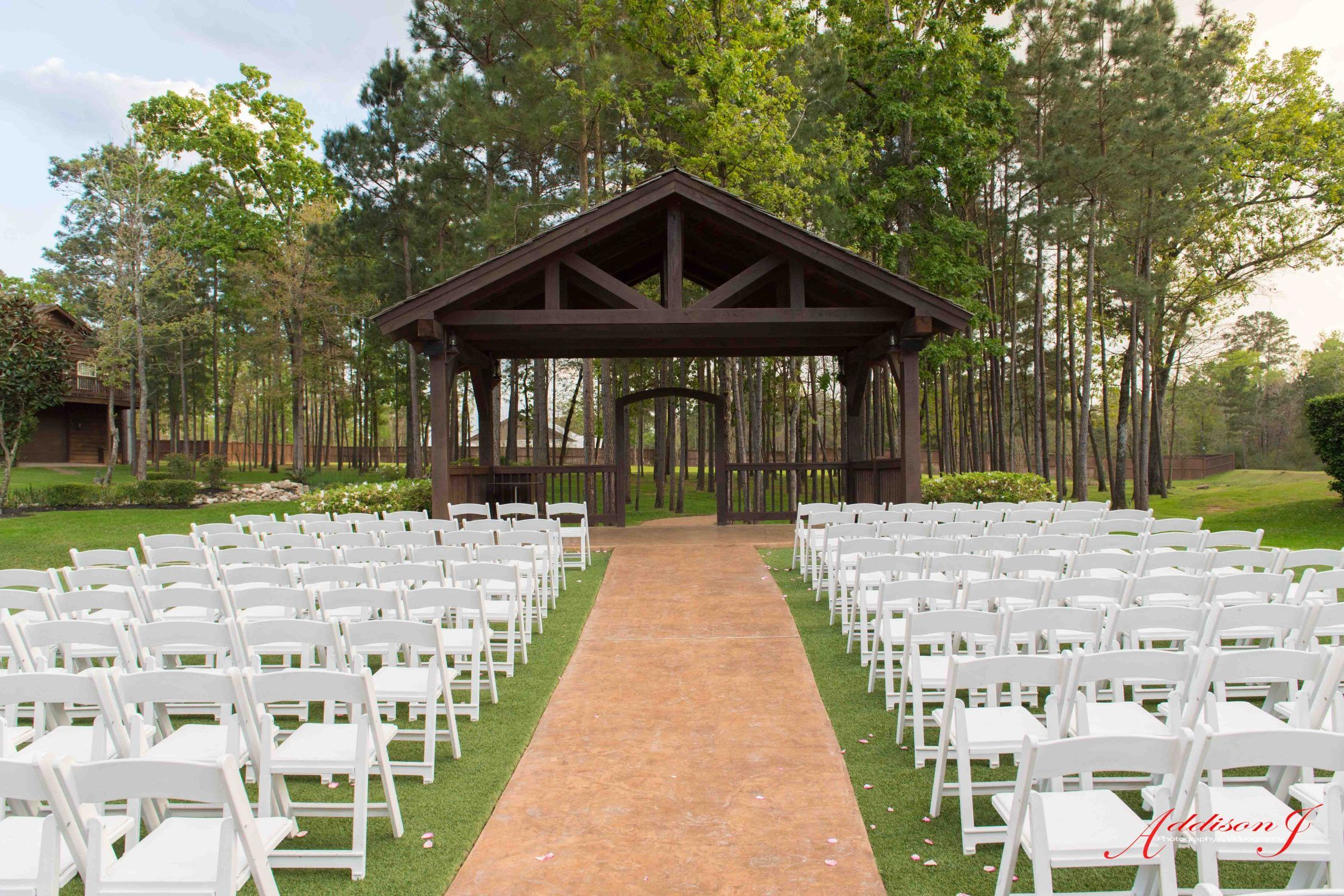Looking For A Private Outdoor Wedding Venue Near Houston Book Your Free Tour With The Springs Event In Montgomery Today This Could Be Backdrop