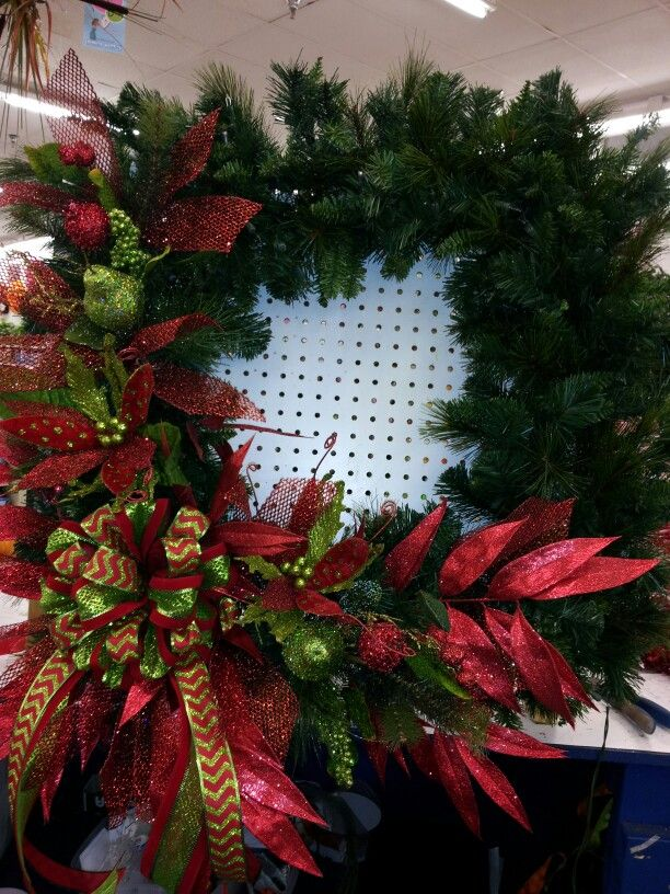 large lighted christmas wreath