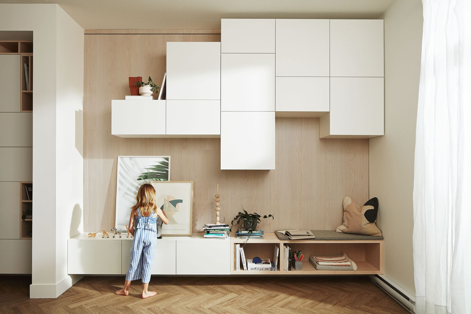 Ikea Hacks To Elevate Your Home Design Interieur Woonkamer Huis Interieur Home Design