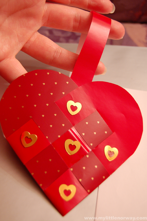 How to make traditional Norwegian heart baskets--fun for kids ...