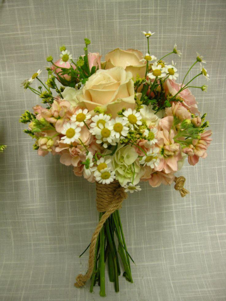 simple elegant rustic wedding ideas | visit cobblestoneflorist com