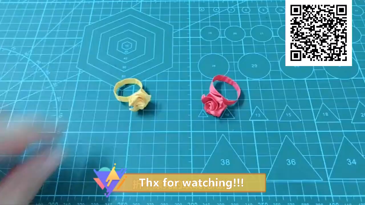 Photo of paper rose ring