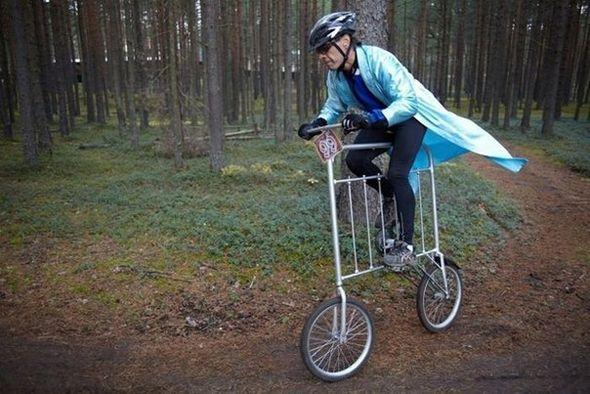 Bicicleta con forma de valla