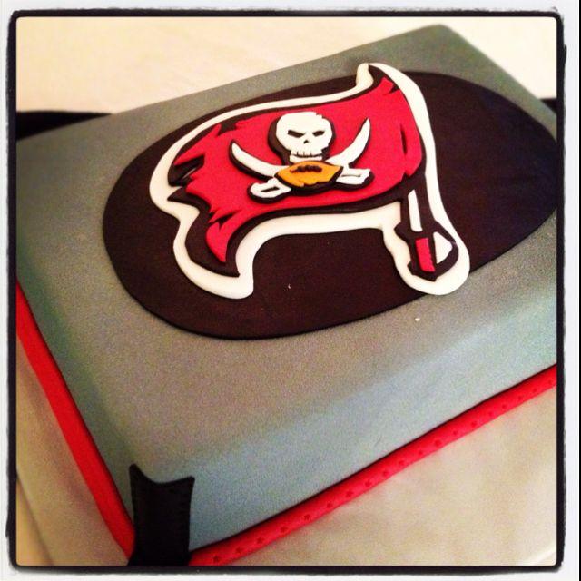 Tampa Bay Buccaneers cake | cakes | Tampa Bay Buccaneers, Buccaneers ...