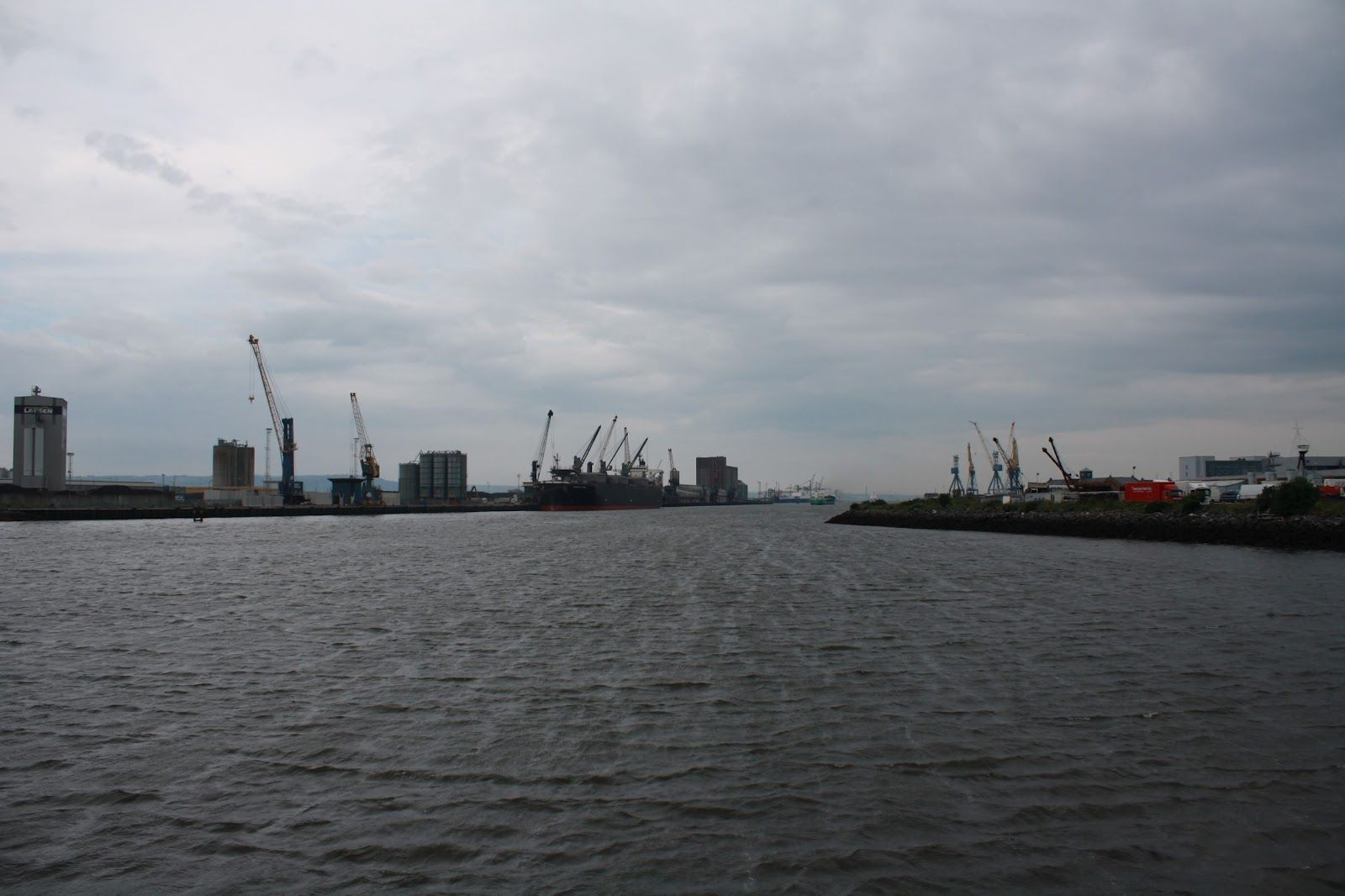 River Lagan, Northern Ireland New york skyline, Skyline