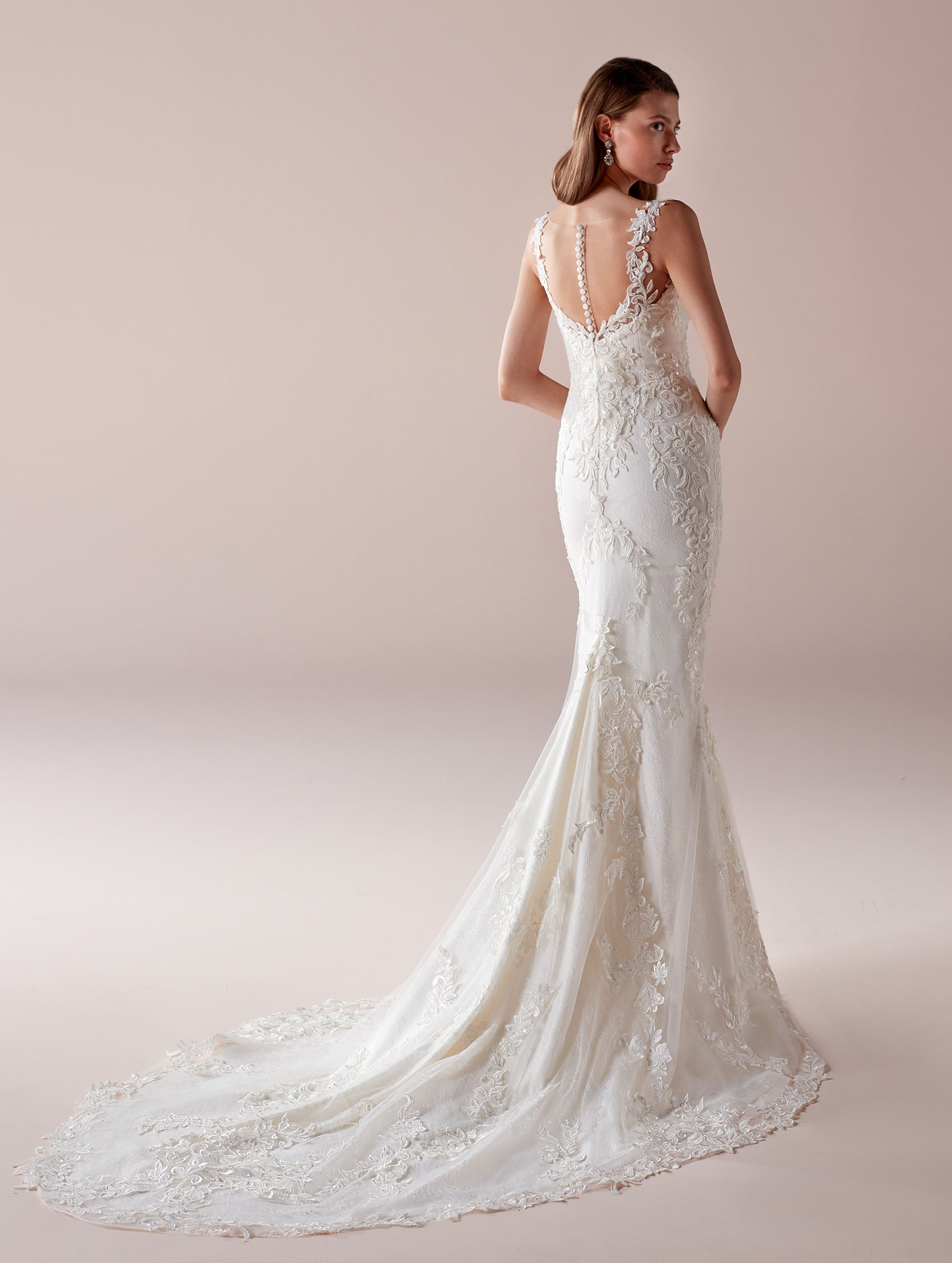 Roab romance collection sensual ivory mermaid dress in