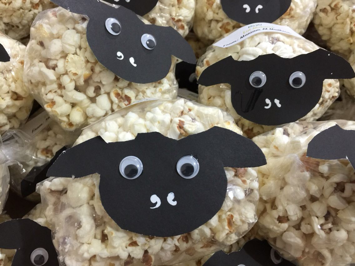 Sheep snack- popcorn (nice for Eid) Material: - -sheep face template ...