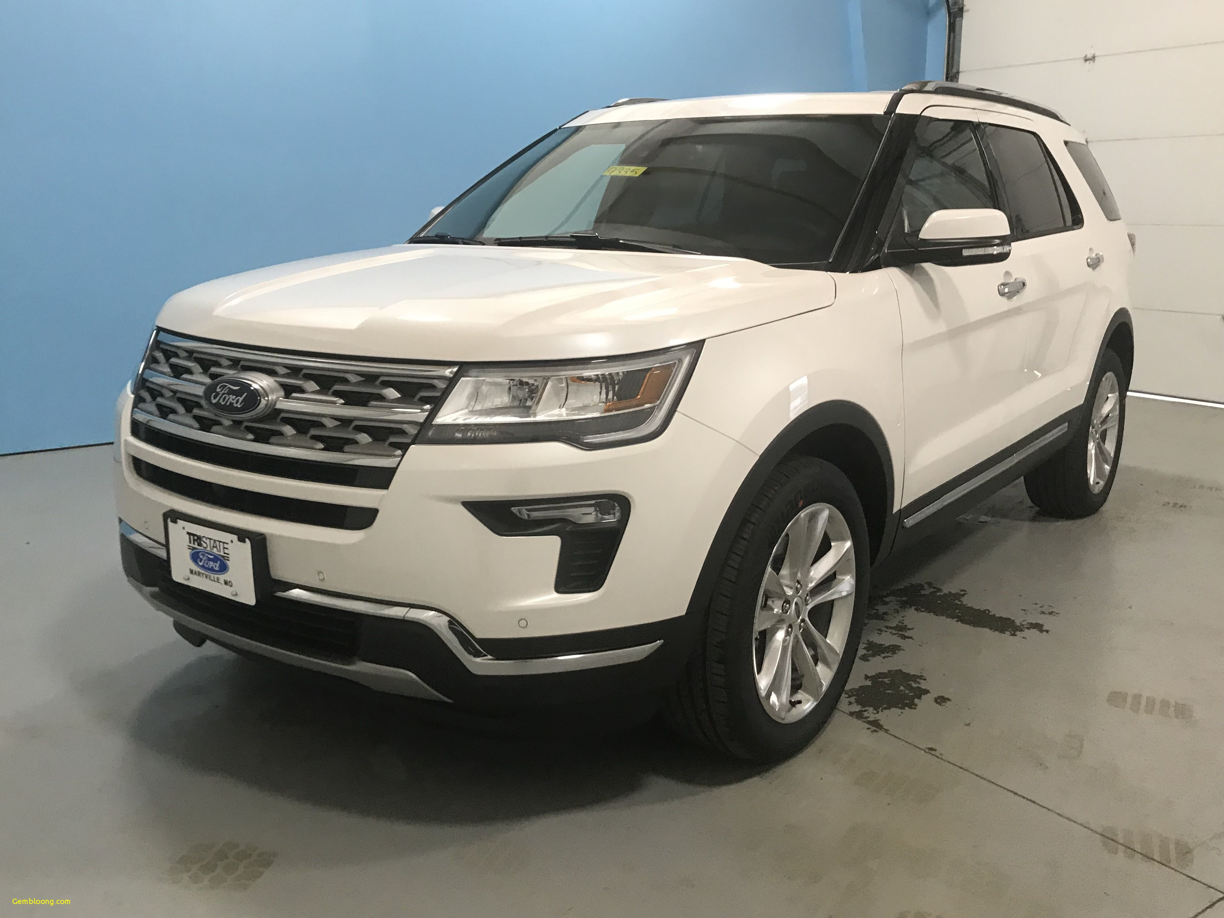 The Ford Escape 2018 The Ford Escape 2018 Interior Ford Kuga Vignale With Images Ford Explorer Limited Ford Explorer Ford Flex