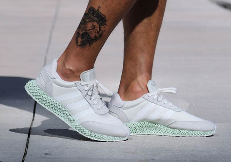 8be9d9a8b7b0ed First Look At The adidas Futurecraft 4D-5923