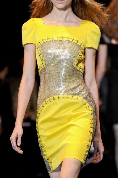 Versace AW 2012, Milan Fashion Week, Details!!
