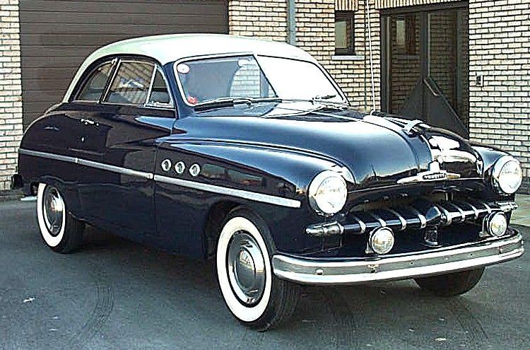 ford vedette 49 voiture routi re de 1948 la ford vedette 49 cette ancienne automobile fut. Black Bedroom Furniture Sets. Home Design Ideas