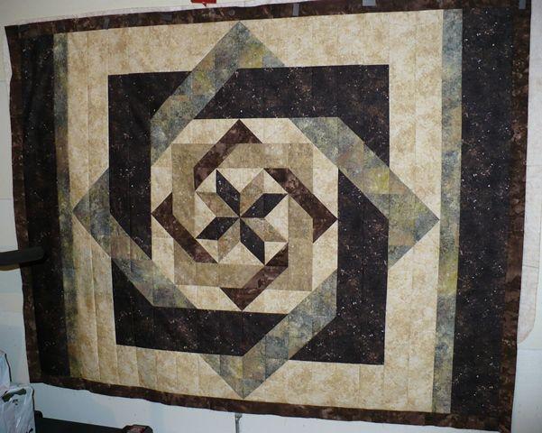 Labyrinth by Calico Carriage Quilt Designs. This version has a ... : calico carriage quilt designs - Adamdwight.com