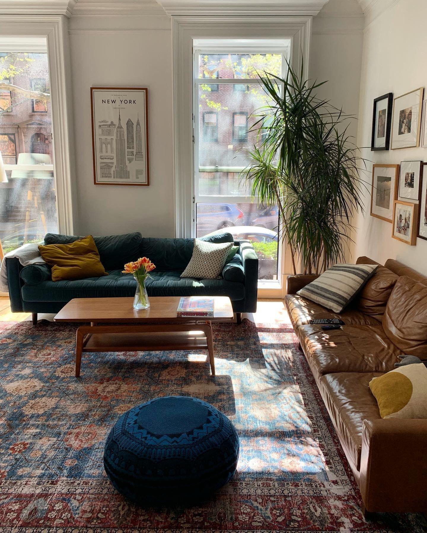 Best Sven Pacific Blue Sofa In 2020 Blue Velvet Sofa Living 400 x 300
