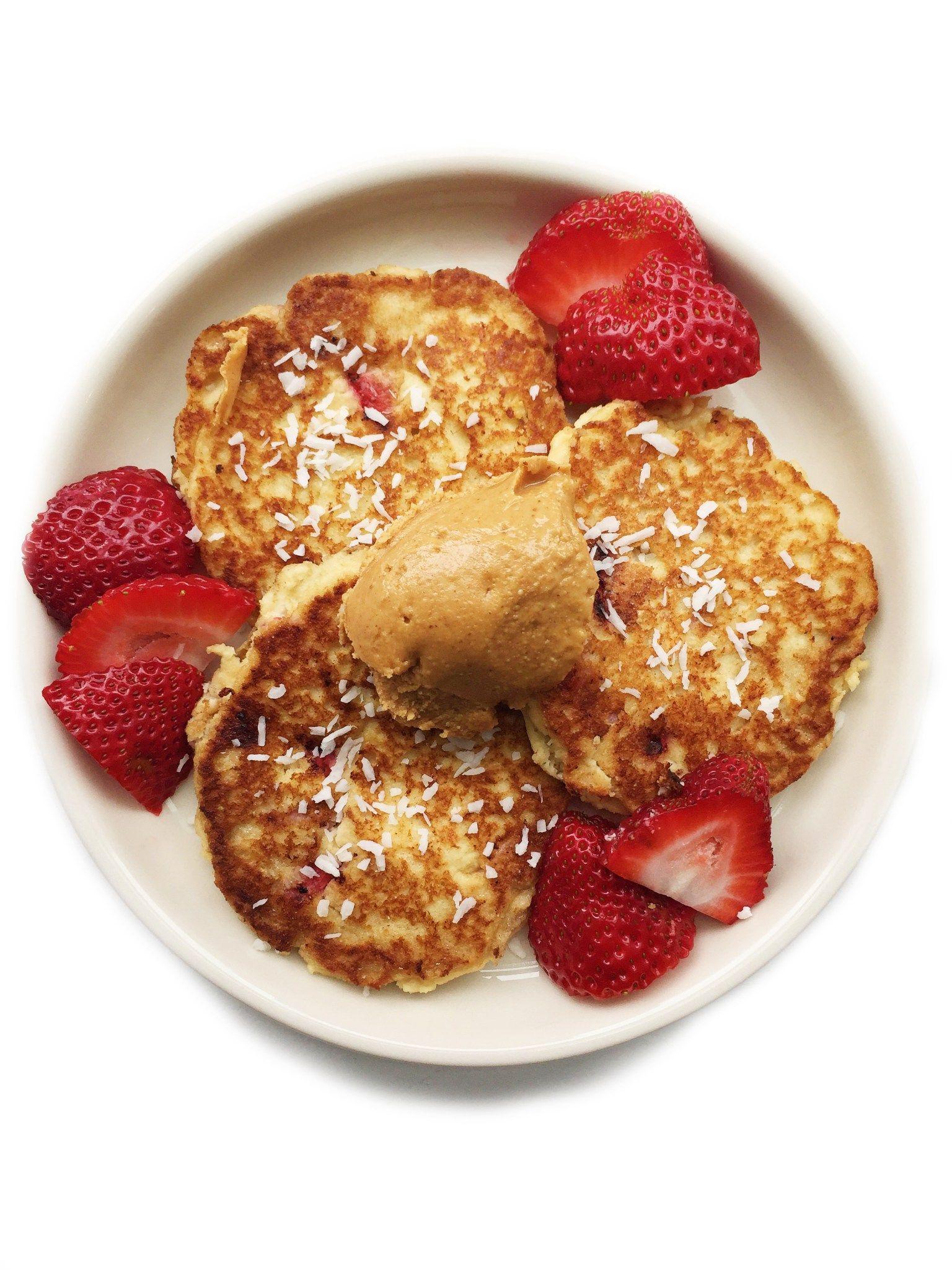 paleostrawberrycoconutpancakes
