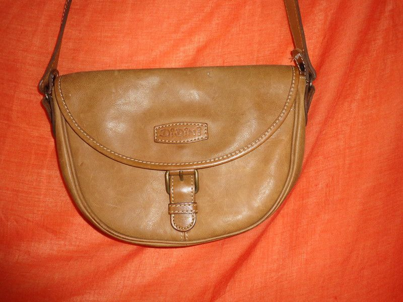 Vintage Handtaschen - Tasche*Vintage*Leder*braun*Hippie* - ein Designerstück von SweetSweetVintage bei DaWanda