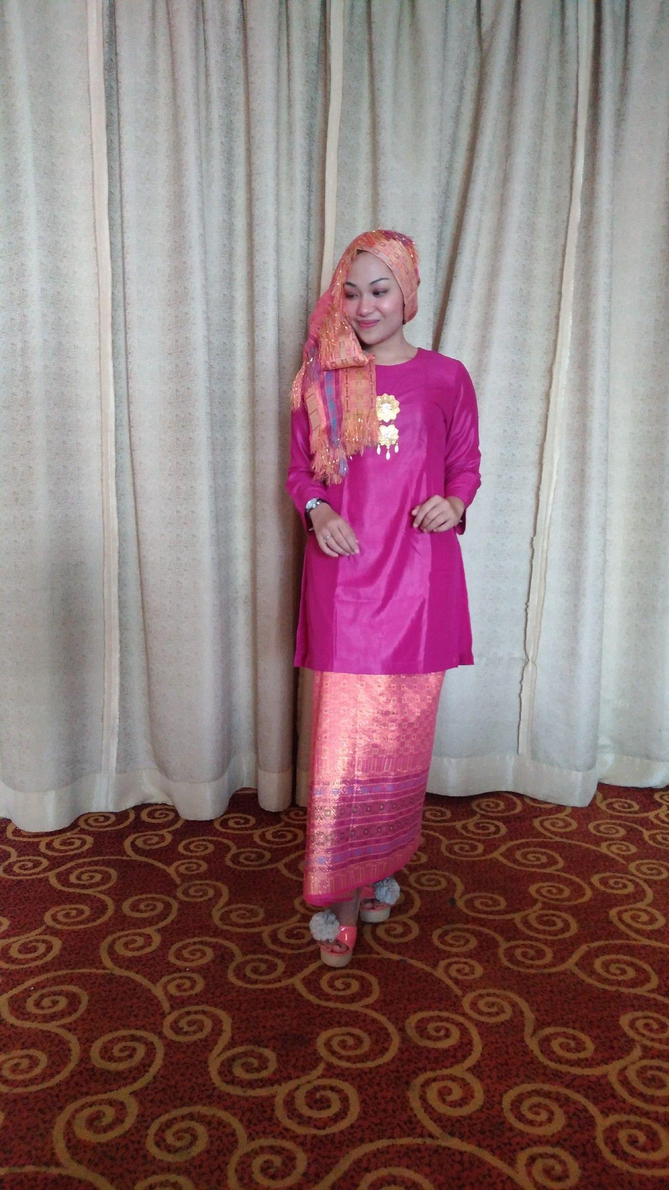 Baju Kurung Tengkuluk Jambi