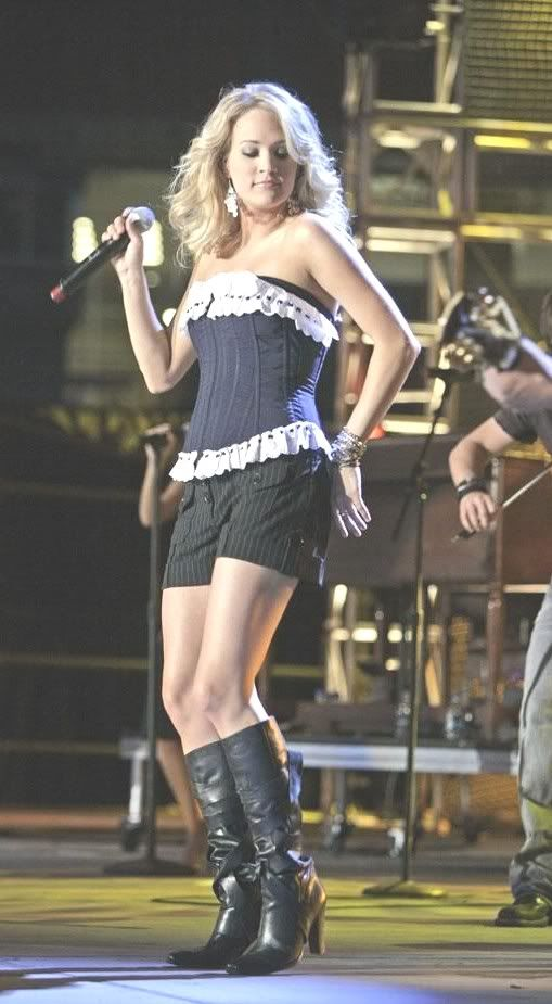 Carrie Underwood In Boots Photo Carrieunderwood1 1 Jpg Carrie Underwood Hot Carrie Underwood Photos Carrie Underwood