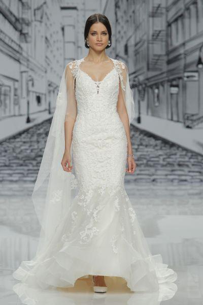 41e8c1e06 Vestidos de novia para mujeres con mucho pecho 2017  Diseños que te harán  lucir fantástica Image  26
