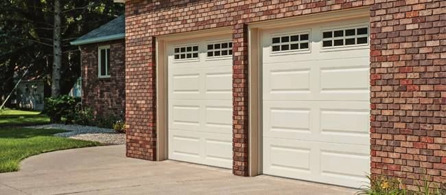 C H I Recently Introduced The Models 2206 4206 To Our Growing Product Line These New Offerings Are Manufa Garage Doors Residential Garage Doors Overhead Door