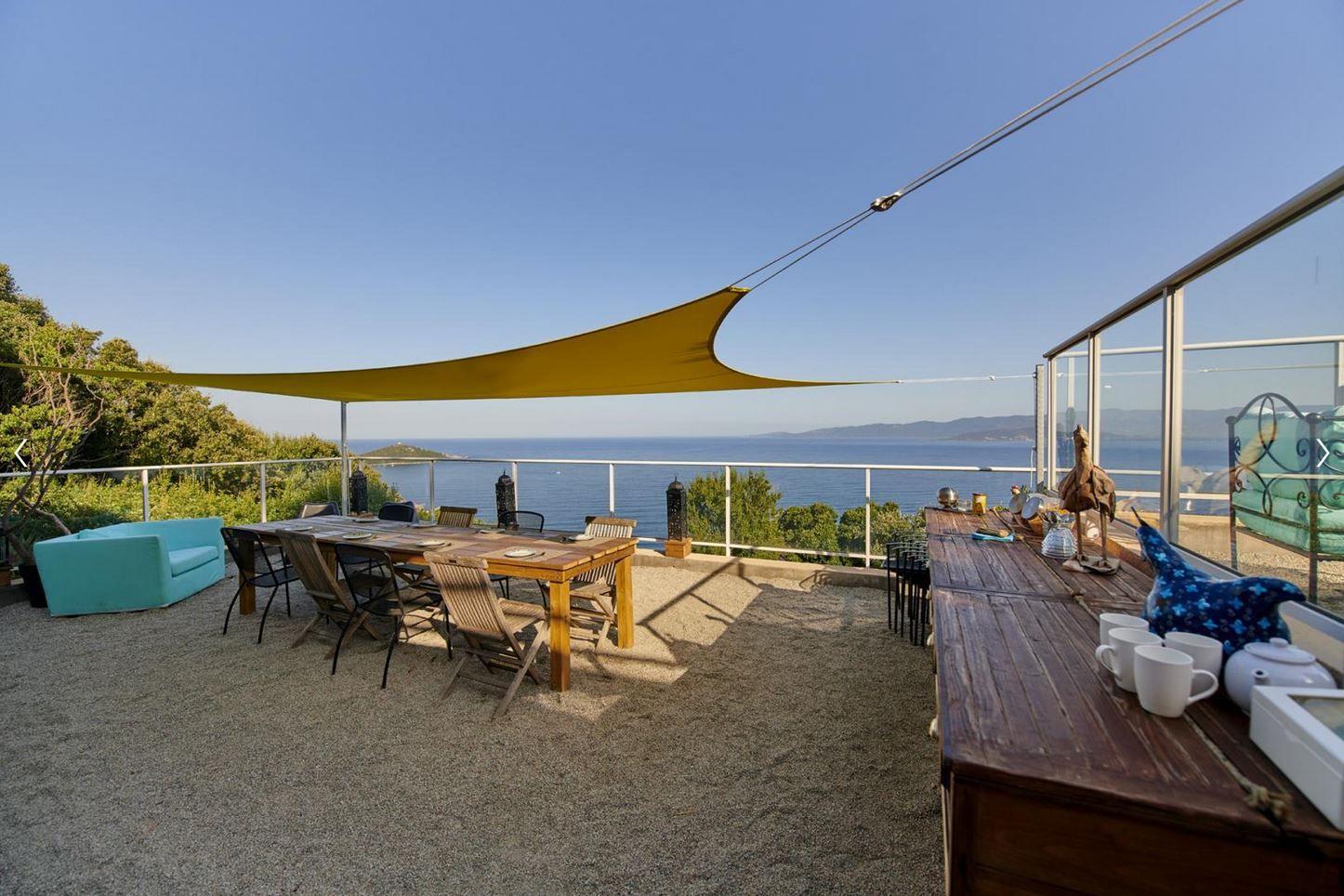 Epingle Sur Locations De Vacances En Corse