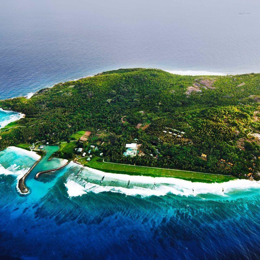 Private Island Beaches: Frégate Island Private Hotel (Fregate Island, Seychelles