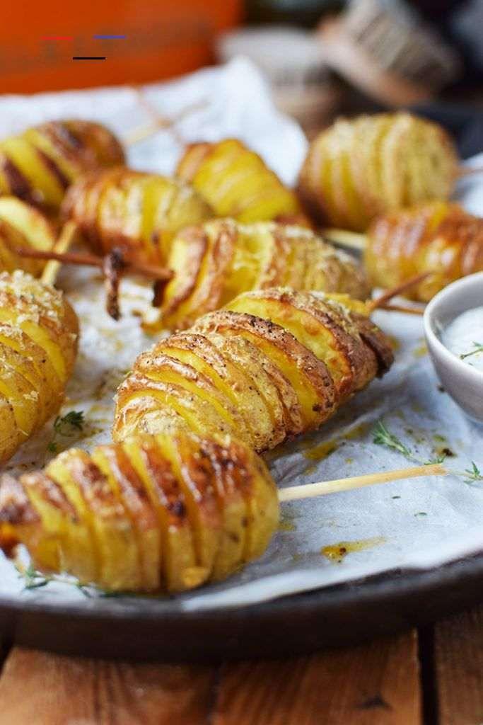Fächerkartoffeln am Spieß: ein Lagerfeuer Snack ...