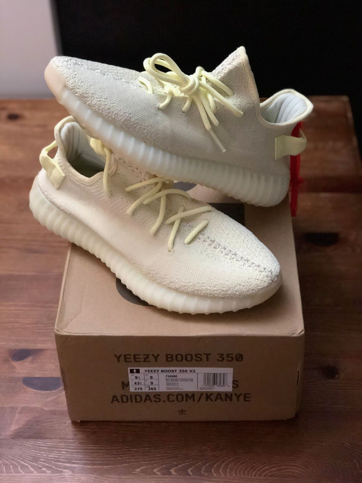 ADIDAS YEEZY BOOST 350 v2 BUTTER UK 9 US9.5 43.5 F36980