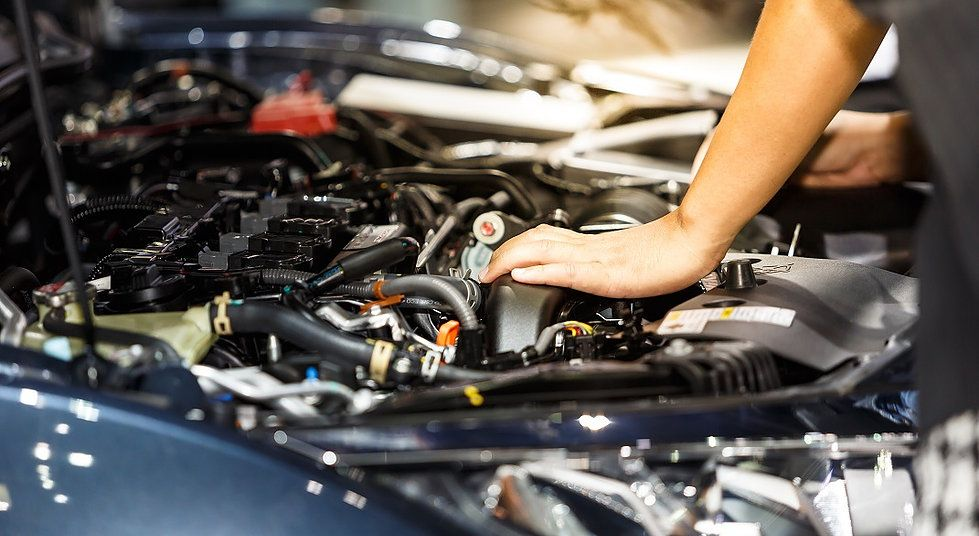 Tips To Maintain Your Car S Engine In Perfect Condition Car Mechanic Car Repair Service Transmission Repair