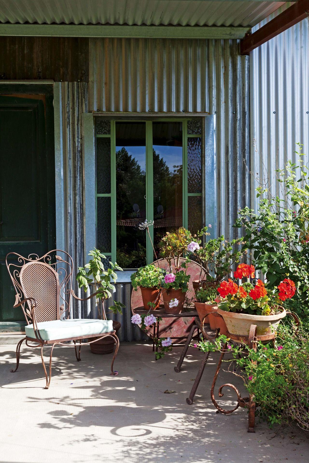 Una casa con la belleza de lo heredado | Juegos de jardín, San ...