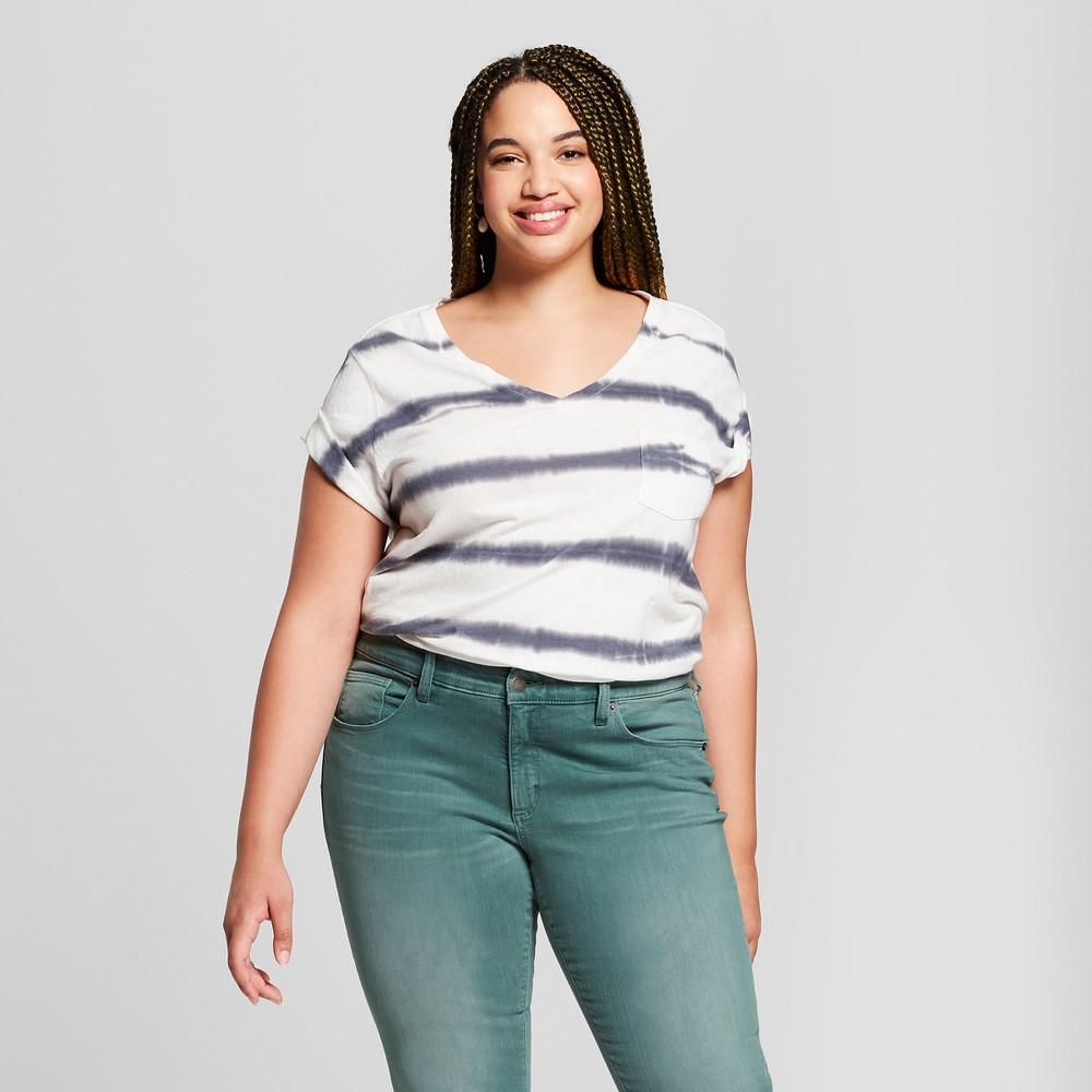 63d241d2f4 Women's Plus Size Striped Monterey Pocket V-Neck Short Sleeve T ...