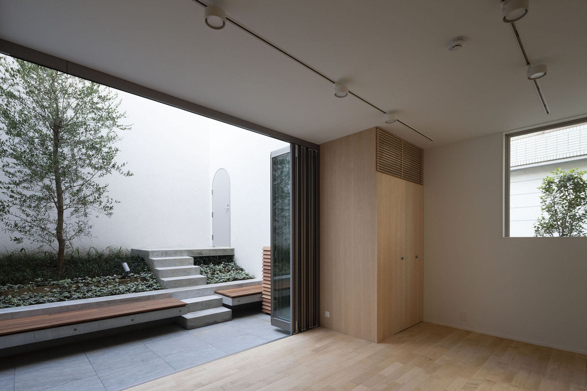 Gallery - House in Takaban / K+S Architects - 18
