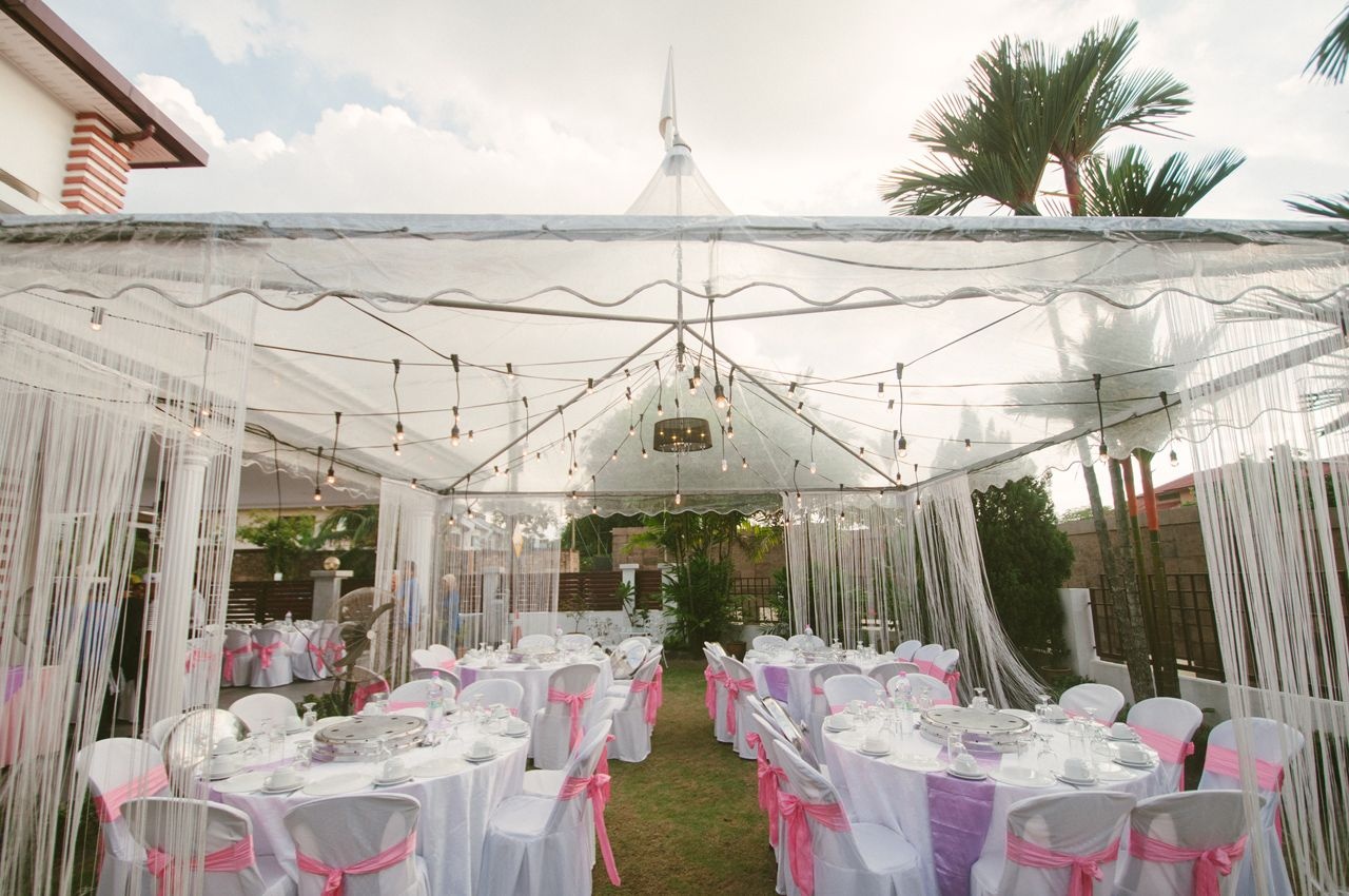 Full view transparent canopy with white string curtains for Canape decoration