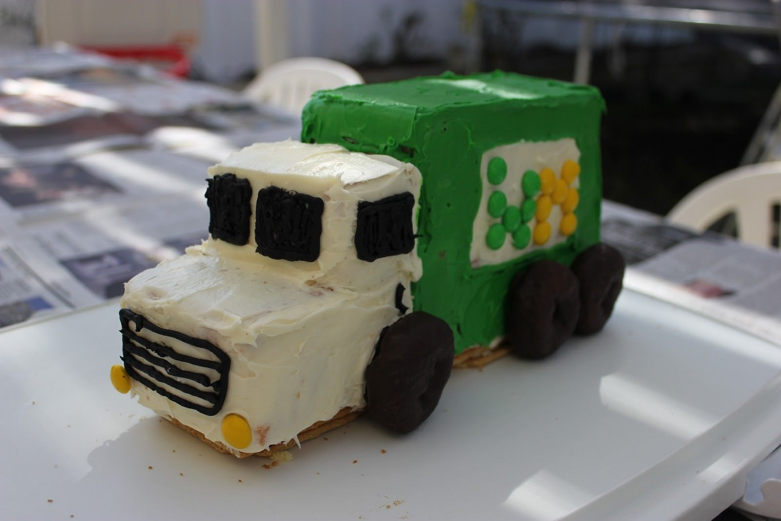 Garbage Truck Cake Instructions